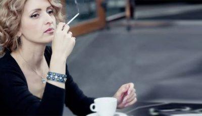 Ce se întâmplă în corpul tău când combini cafeaua cu țigara