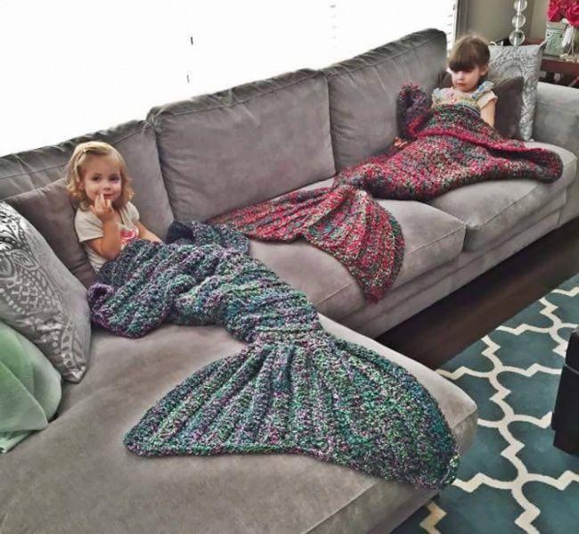5287460-650-1450347862-crocheted-mermaid-tail-blankets-melanie-campbell-8