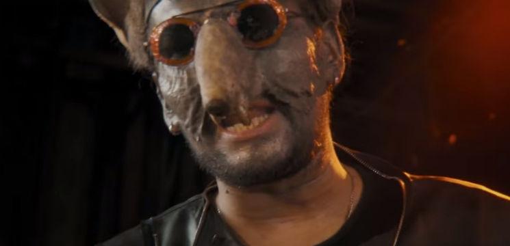 Foto: Nicu Țărnă e șobolan în cel mai recent videoclip!