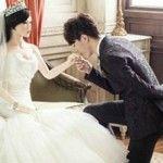 Foto: Acest chinez s-a căsătorit cu o păpușă! Motivul este foarte emoționant