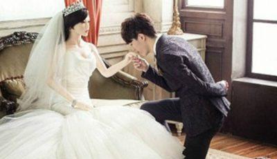 Acest chinez s-a căsătorit cu o păpușă! Motivul este foarte emoționant