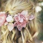 Foto: Modele de coafuri romantice pentru miresele cu părul lung