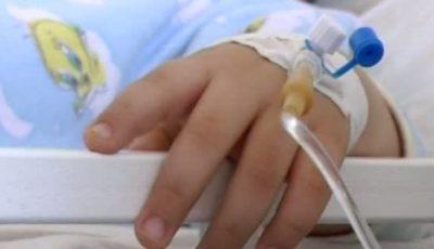 Un copil de 7 ani a decedat din cauza unei intoxicaţiei cu castraveţi