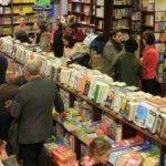 Foto: Cărți la jumătate de preț, în două librării din Chișinău!