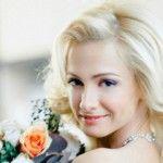 """Foto: Actrița din serialul """"Деффчонки"""", în rochie de mireasă!"""