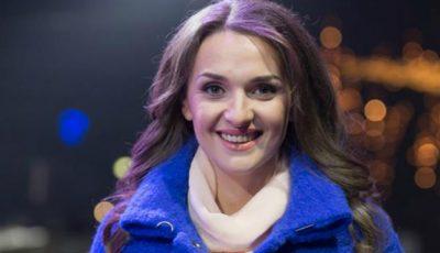 Sorina Obreja: Tata a luat o mașină din colhoz și s-a pornit să o aducă pe mama de la maternitate