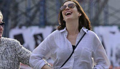 Anne Hathaway nu renunță la sport nici în ultimul trimestru de sarcină!