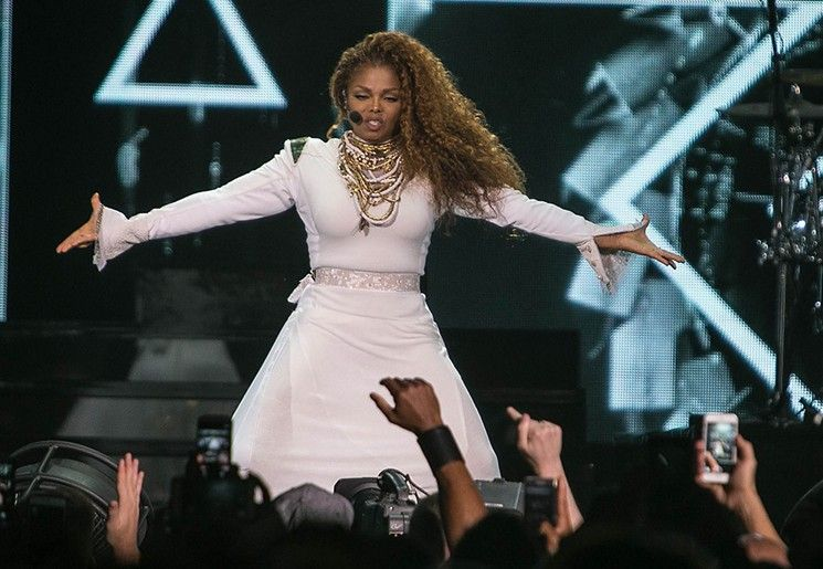 janet-jackson-unbreakable-world-tour-miami-american-airlines-arena_021