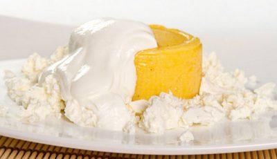 Iată ce se întâmplă în organismul tău când mănânci mămăligă cu brânză