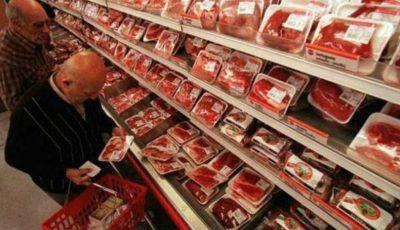 Ce se întâmplă cu carnea expirată din supermarketuri? Dezvăluirile unui angajat