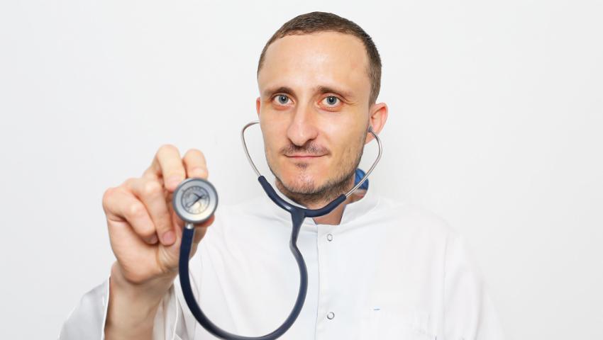 Foto: Mihai Stratulat, despre acneea neonatală: 5 lucruri pe care trebuie să le știi!