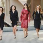 Foto: Proiect foto! Fetele, mai stilate cu rochiile Andreei Raicu