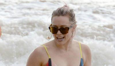 A uitat de sala de sport. Hilary Duff, în costum de baie!