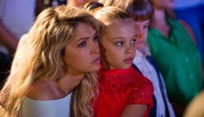 O fetiță din Moldova a jucat într-un film, alături de Vera Brejneva!