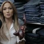 Foto: Are 200 de perechi de blugi. Vezi ce mai ascunde Jennifer Lopez în garderobă!