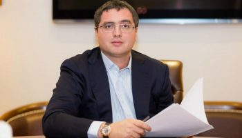 """Renato Usatîi: """"Șeful meu împlinește astăzi 6 anișori"""""""