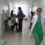 Foto: Tragedie la Căușeni. Viaţa unei mame a trei copii atârnă de un fir de ață
