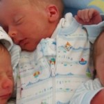 Foto: Un cuplu de moldoveni din Italia au devenit părinți de tripleţi