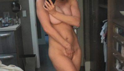 Această actriță adoră să pozeze nud!