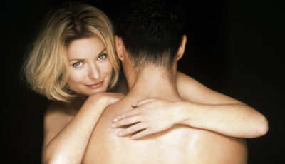 Dacă nu ai relații intime, corpul suferă modificări. Iată care sunt ele!