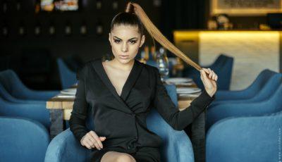 Descoper-o pe Diana Brescan în ținutele Andreei Raicu!