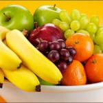 Foto: Ce păţeşti dacă mănânci fructele imediat după ce ai luat masa?
