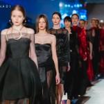 "Foto: Colecția ""Winery Collection"" de la Nikita Rinadi Haute Couture a fost punctul culminant la expoziția Fashion Show Din Inimă"