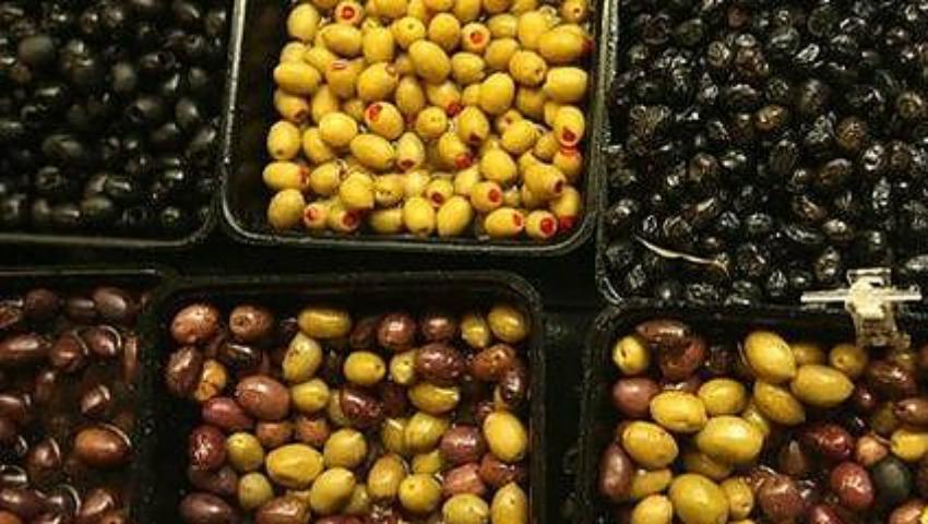 Foto: Măsline din comerţ, tratate cu sulfat de cupru!