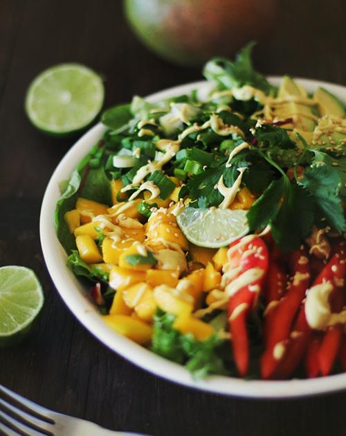 salata-thailandeza-curry-cocos