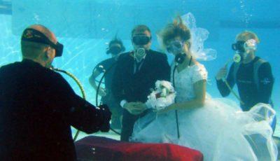 Un scafandru va organiza nunți subacvatice!