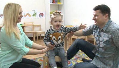 Fiica Corneliei şi a lui Marcel Ştefăneţ preferă muzica populară, în loc de desene animate