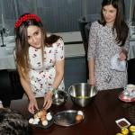 Foto: Bloggerițele Dream Team, testate la gătit cozonaci de Paște!