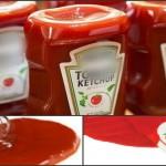 Foto: Analizele au arătat! Ketchup-ul din magazine este o apă de coloranţi chimici, lipsit în totalitate de suc de roşii!