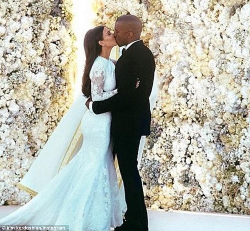 Kim Kardashian și-a dorit s-o egaleze pe Kate Middleton