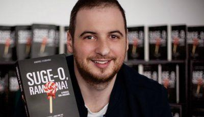 """Andrei Ciobanu, despre bestseller-ul """"Suge-o, Ramona"""":""""A fost amuzant când bunicii mi-au cerut să le dau cartea s-o citească și ei"""""""