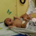 Foto: Cum să calmezi un bebeluș care plânge? Tehnica dezvăluită de un medic pediatru. Video