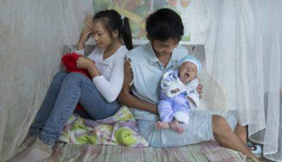 Miresele minore ale Chinei. Soarta fetelor căsătorite și însărcinate la 13 ani