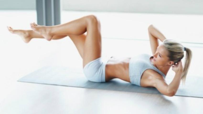 Foto: Cum să faci abdomenele pentru a obține rezultate maxime!