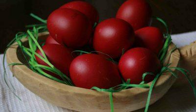 Reţete de Paşte: Iată 3 variante cum să vopsim cele mai frumoase ouă