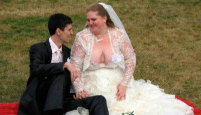 Mirele era fericit că se însoară. Când i-a văzut rochia, a fugit de la nuntă