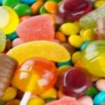 Foto: Ce vor să facă parlamentarii europeni cu dulciurile din magazine