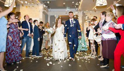 Poze și detalii de la nunta  Anastasiei Denisova, vedeta serialului «Деффчонки»!