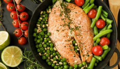 Pește la tigaie cu fasole verde
