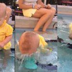 Foto: Un bebeluş s-a rostogolit şi a căzut în apă, cu faţa în jos într-o piscină! Vezi care a fost reacţia părinţilor săi