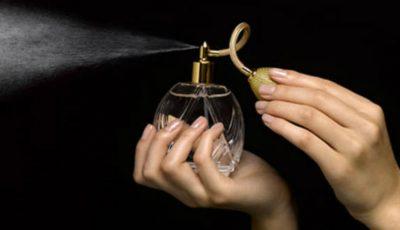 5 cele mai scumpe parfumuri din lume! Tu ai da 215.000 de dolari pe o sticluță?