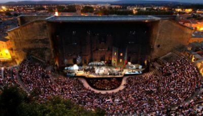 """Festivalul """"descOPERĂ"""", unic în lumea evenimentelor de operă open-air"""