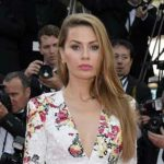 Foto: Victoria Bonya a încălcat dress-code-ul de la Cannes!