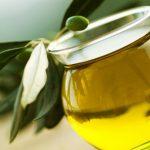Foto: O substanţă conţinută în uleiul de măsline protejează contra celulelor canceroase