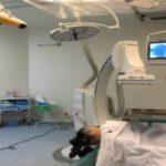 Foto: O fetiţă cu tumoare pe creier, salvată de la moarte de către medici, la un spital din Capitală!