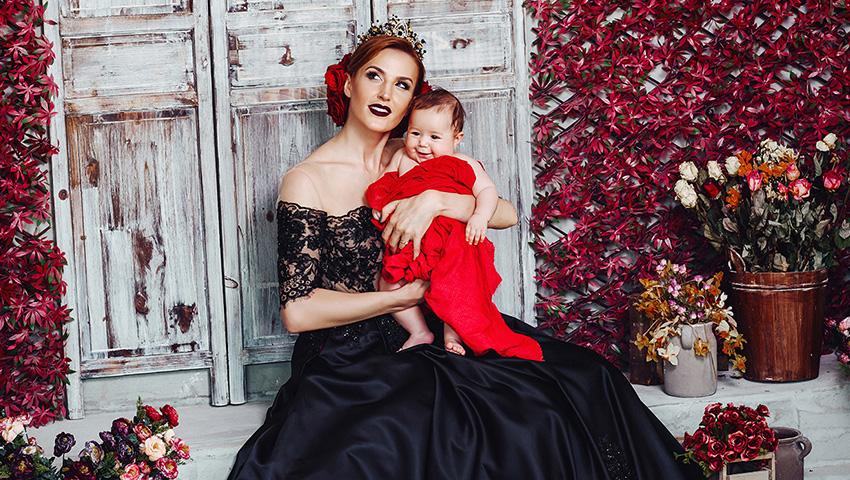 Foto: Exclusiv! Tatiana Heghea într-un pictorial regal, alături de fiica sa!